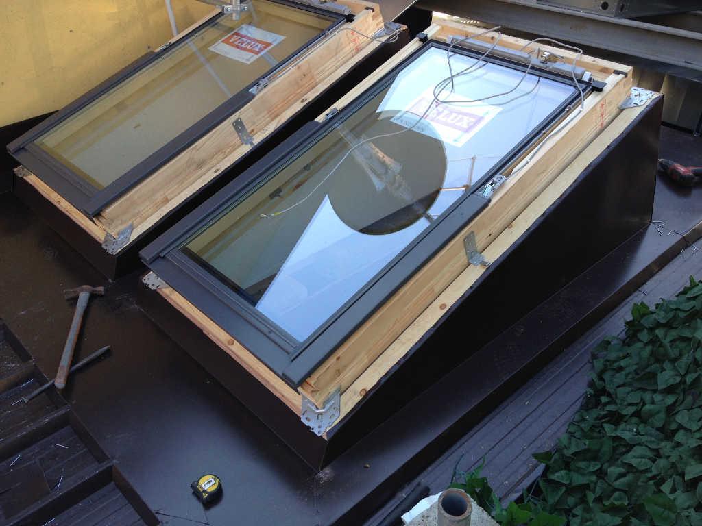 Installazione velux haldeda coperture for Montaggio velux